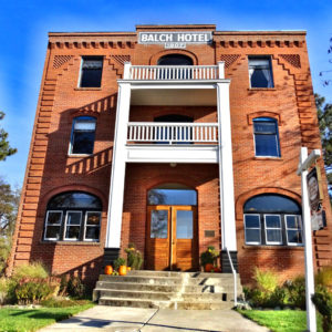 The Balch Hotel is an historic country inn with casual, vintage charm located in Dufur, Oregon